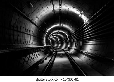 Deep metro tunnel
