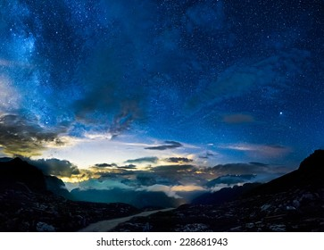 Deep sky in mountains