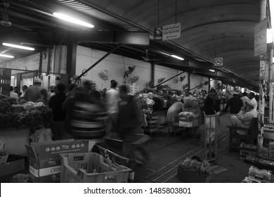 Dubai Fish Market Images, Stock Photos & Vectors | Shutterstock