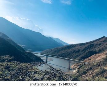 Río del cañón Chicamocha en viaje