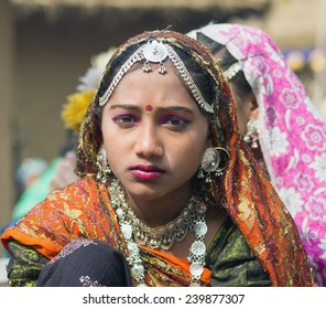 DELHI, INDIA - FEBRUARY 04, 2012: Unidentified female dancer on February 04, 2012 at the annual Surajkund Fair on the outskirts of Delhi in India.
