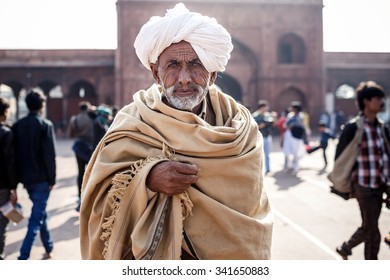 DELHI, INDIA - JANUARY 5, 2015: Senior Indian man on January 5, 2015 in Delhi, India