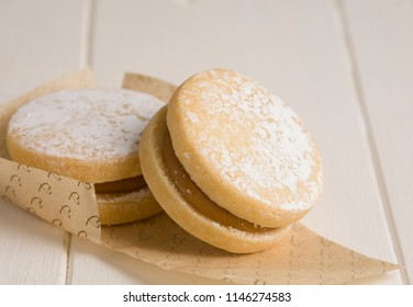 Delicious Alfajores filled with sweet milk.