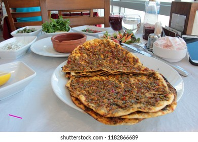 the delicious antep lahmacun