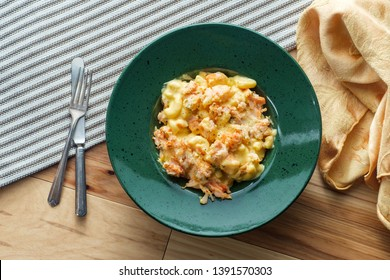 Delicious baked breaded lobster macaroni and cheddar cheese