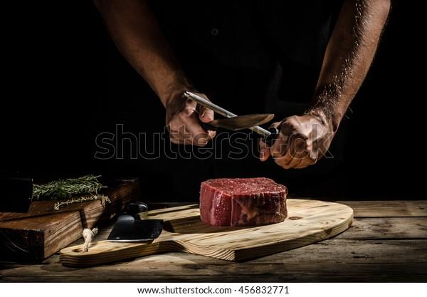 Delicioso filete de ternera, foto de producto, lugar para tu anuncio.