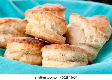delicious buttermilk biscuits, homemade