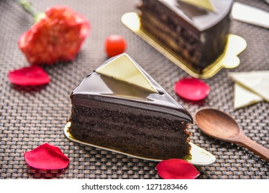Delicious Chocolate truffle pastry: Pastry is a dough of flour water & shortening ( including butter) that may be savoury or sweetened. Sweetened pastries are often described as bakers' confectionery.
