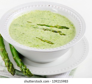 Asparagus Green and White. Delicious creamy asparagus soup de926637faf4