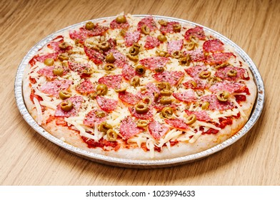 delicious crunchy and fluffy dough pizza