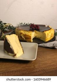 Delicious Dessert San Sebastian Cheesecake