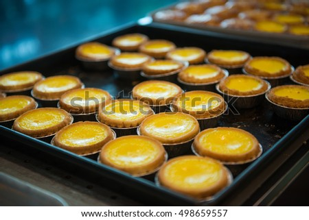 delicious egg tart on tray, Hong Kong food