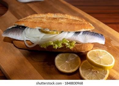 eine köstliche Fischspezialität aus Hamburg - Fischrollen