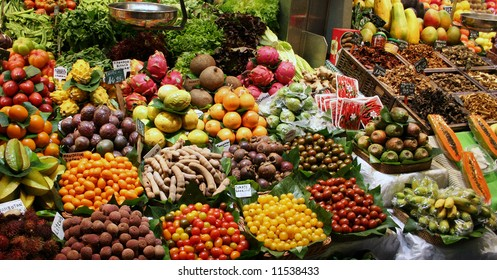 Delicious fruits for sale in market