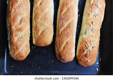 delicious homemade bread buns baguettes gluten-free crispy
