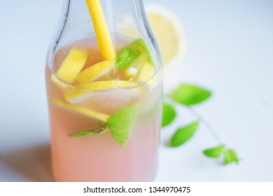 delicious homemade sugar free lemonade