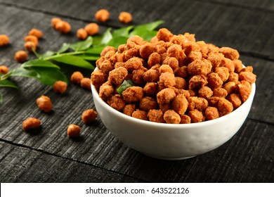 Delicious Indian snack- Masala coated peanuts