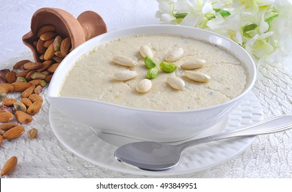 Delicious Kheer Rice Pudding, famous asian dessert.