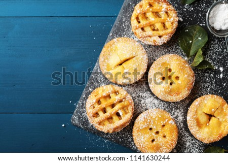 Delicious mini apple pies
