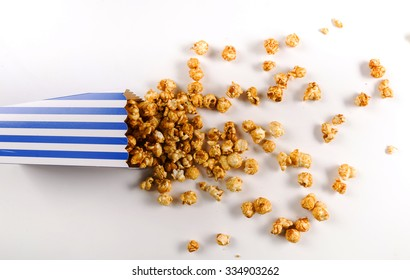 Delicious popcorn on the table