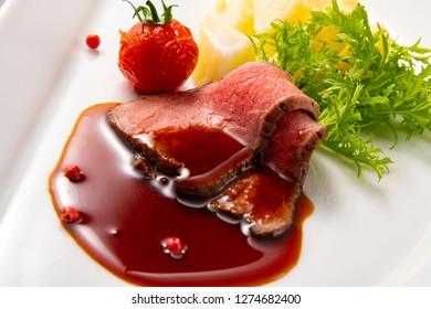 Delicious roast beef dish