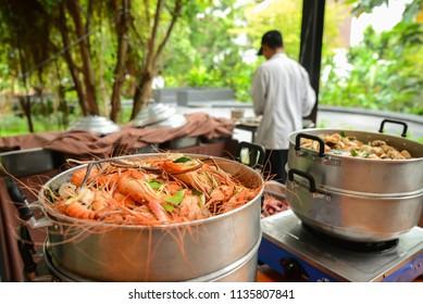 Delicious steamed shrimp