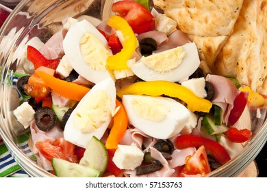 Delicious Summer Salad with Eggs
