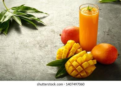 3e044ec8e899 Bilder, stockfoton och vektorer med Mango Juice | Shutterstock