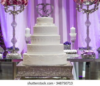 Delicious wedding cake in a wedding reception.