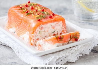 Delicius salmon terrine with cream cheese and cucumber