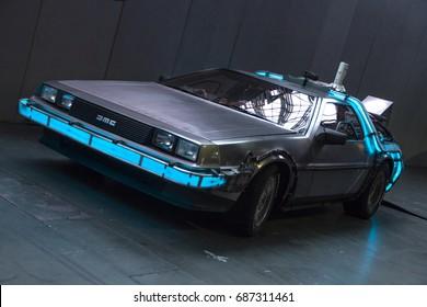 DeLorean at London Film and Comic Con 2017