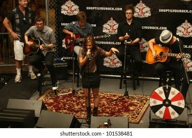 """Demi Lovato at """"Shop 'Til You Rock"""" free concert, Glendale Galleria, Glendale, CA. 07-17-10"""