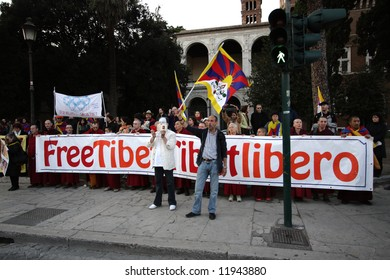 Demonstration for independence of Tibet on eve Olympic games in China