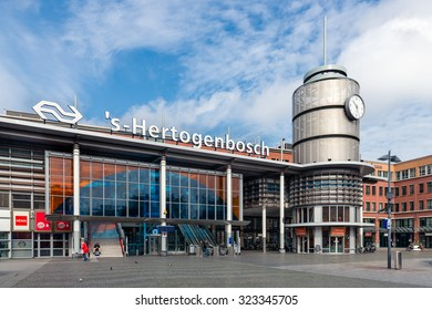 DEN BOSCH, THE NETHERLANDS - August 24: People in front of railway station on august 24, 2015 in the Dutch city Den Bosch, The Netherlands