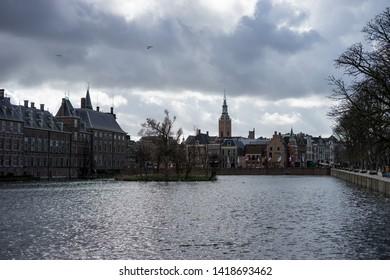 Den Haag, Netherlands, Europe, Binnenhof, RIVER AMIDST BUILDINGS AGAINST SKY IN CITY