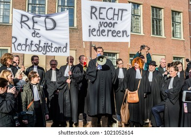 DEN HAAG - THE NETHERLANDS - FEBRUARY 1: 400 Lawyer in demonstration against cuts on February 1, 2018
