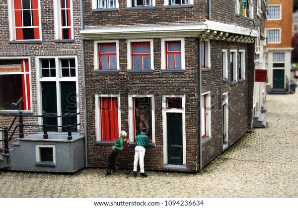 Hookers Den Haag