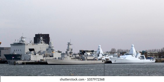 DEN HELDER, THE NETHERLANDS  – 1 MAART ,2018: Dutch navy ships are on the quay in the naval port   on Maart 1 ,2018 in Den Helder