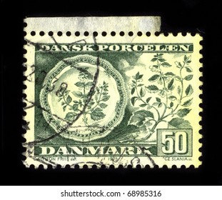 DENMARK - CIRCA 1975: A stamp dedicated to the Danish Porcelain, circa 1975.