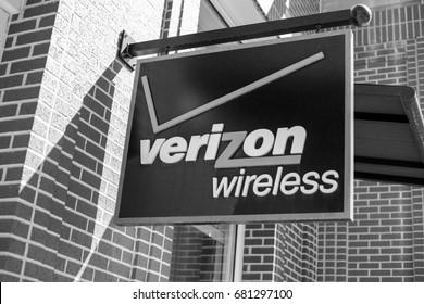 Denver, Colorado - July 20, 2017: Verizon Wireless Sign