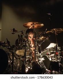 DENVERNOVEMBER 01:Drummer Tommy Lee of the Heavy Metal band Motley Crue performs in concert November 1, 1997 at McNichols Arena in Denver, CO.