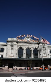 DENVER - SEPTEMBER 30: Bystanders and tourists at Union Station on September 30, 2009 in Denver, Colorado. Opened in 1894, it has 4 Amtrak and 2 Light Rail tracks.