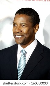 Denzel Washington at the premiere of THE MANCHURIAN CANDIDATE, July 22, 2004 in Beverly Hills, CA