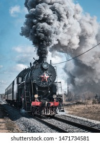 Departure of the train from the station of Kuzhenkino