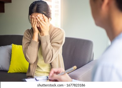 A depressed woman is meeting with a psychiatrist for psychological treatment. Listen to the solution.