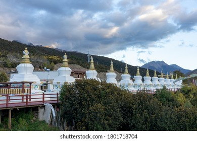 Deqin, CHINA – OCTOBER 31, 2018: A view of 13 pagodas at Meili Snow Mountain near Tibetian Border in the afternoon in Deqin, China on October 31, 2018.