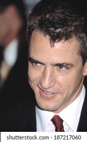 Dermot Mulroney at opening night of 40TH NEW YORK FILM FESTIVAL, NY 9/27/2002