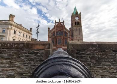 Derry londonderry ireland