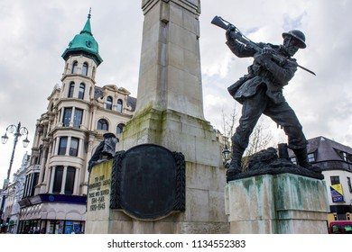 DERRY, NORTHERN IRELAND - May 1, 2015: The Diamond War Memorial honoring the citizens of the city of Londonderry who lost their lives while in military service during World War I