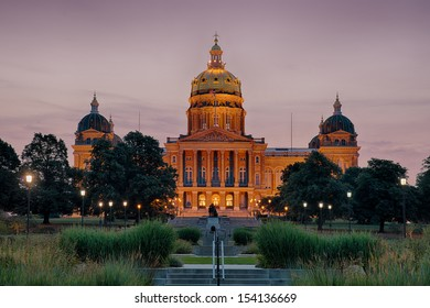 DES MOINES, IOWA - AUGUST 19: Dawn at the Iowa State Capitol building on August 19, 2013 in Des Moines, Iowa